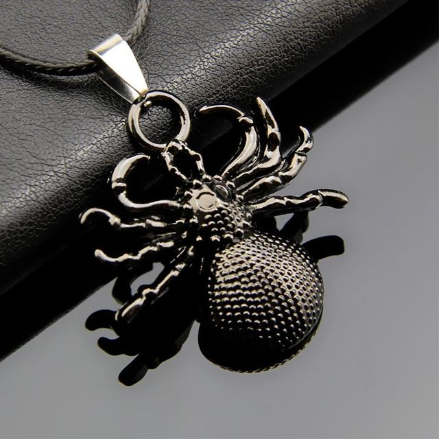 Cool Spider Stainless Steel Pendant Leather Chain