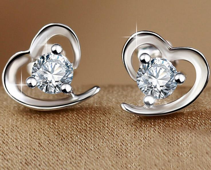 New Arrivals Silver Plated Zircon Filled Heart Shaped Stud Earrings For Women Lovely Studs Lady