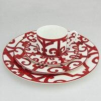 Bone China Abendessen Platte Spanisch Rot Grid Gericht Kunst Design Platte Geschirr Sets-in Geschirr & Platten aus Heim und Garten bei