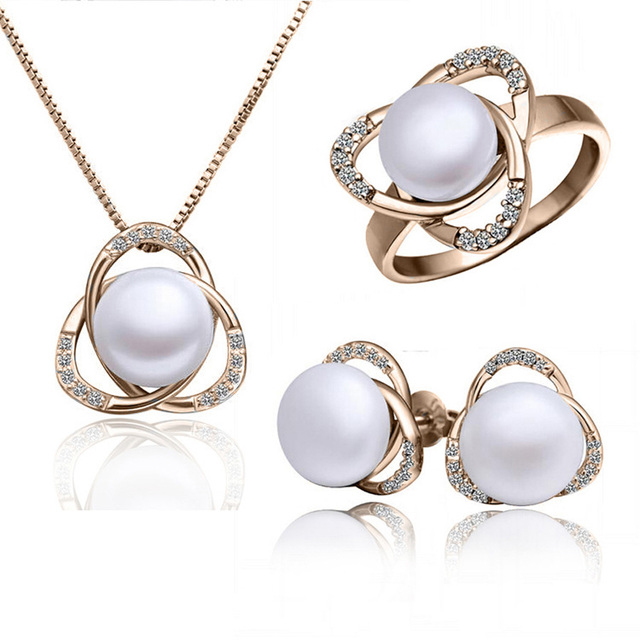 Fashion austria crystal women freshwater Pearl triangle pendant necklace/earrings/rings Jewelry Sets