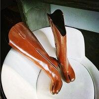 Стильный разделены носком пинетки из натуральной кожи сбоку женская обувь на молнии Для женщин Chic Super Star взлетно посадочной полосы сапоги д