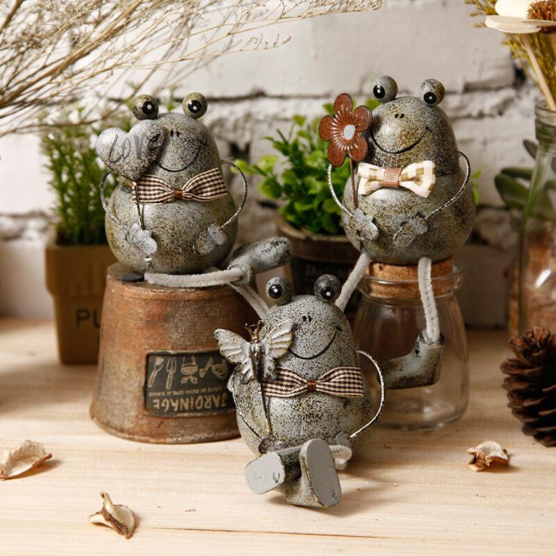 Buy 1pc creative rural style tin frog for Animals decoration