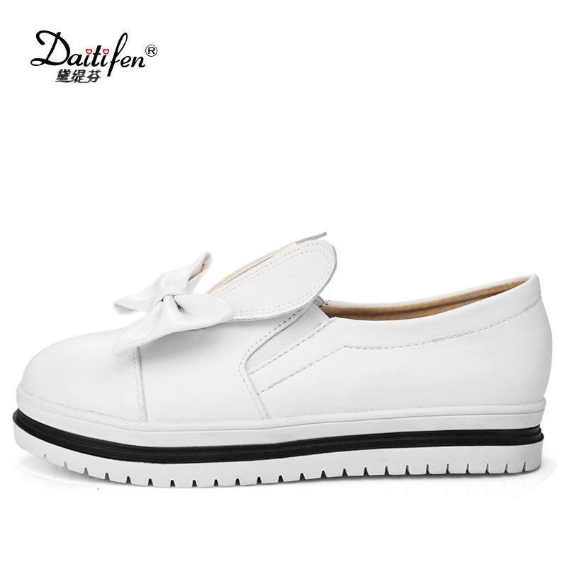 Daitifen Womens Shoes Low Heel flats Fashion Ladies Slip on Shoes BowKnot Brand Women Casual Shoes Black and White size 34-43 fashion womens shoes warm winter cotton shoes tennis feminino casual girl shoes comfortable ladies flats long plush women flats