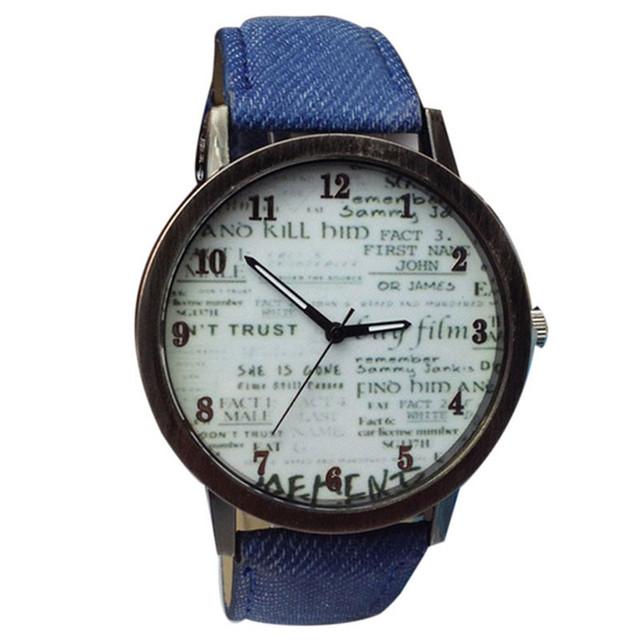 Reloj con Pulsera de Tela al Estilo Vaquero