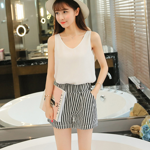 Woman Shorts Summer 2017 New Arrival Black and White Elastic High Waist Casual Pocket Cotton Straight Shorts Plus size SL072