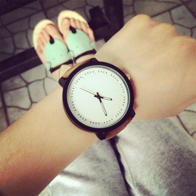 Big Dial Fashion Casual Watch Men Women Quartz Clock Leather  2