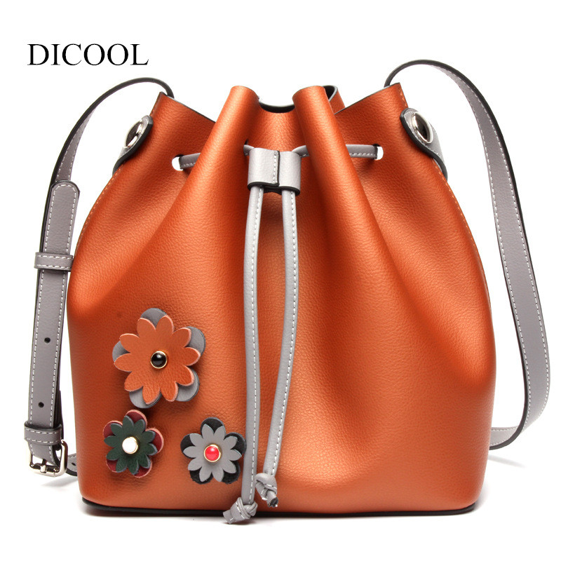 2018 New Fashion Women Genuine Leather Bucket Bags Appliques Decoration Shoulder Bag Casual Crossbody Bag Women Messenger Bags bucket bags women genuine leather handbags female new wave wild messenger bag casual simple fashion leather shoulder bags