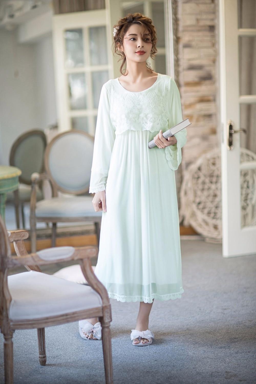 Sexy Night Dress 2018 Spring Summer Nightgown Female Princess Sleepshirts Sleepwear Loose Nightie Plus Size Nightwear White Pink