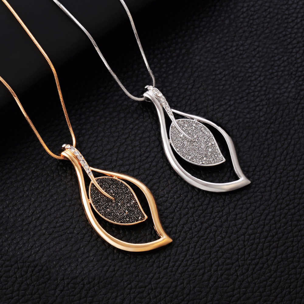 Vintage Necklaces For Women 2019 Statement Long Necklace Black Crystal Pendant with Snake Chain Fashion Sweater Jewelry Gift