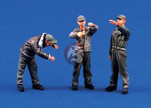 Assembly Unpainted Scale <font><b>1/48</b></font> The USAAF ground crew 3 soldiers figure Historical <font><b>Resin</b></font> Model Miniature Kit image