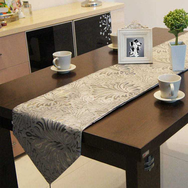 european floral printing silver table runner table cloth. Black Bedroom Furniture Sets. Home Design Ideas