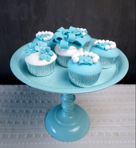 3a610febfc04 2016 new arrival Tall cake stand wedding cupcake decoration white blue cake  stand holder metal cake pan display cake decorating