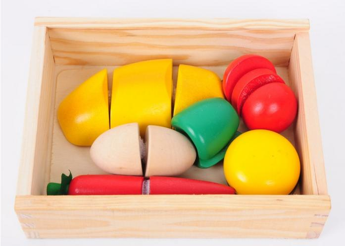 Free shipping supply wooden toys wood fruit after game children play toys green pepper fruit Carrot etc. Kitchen Toys Baby toy