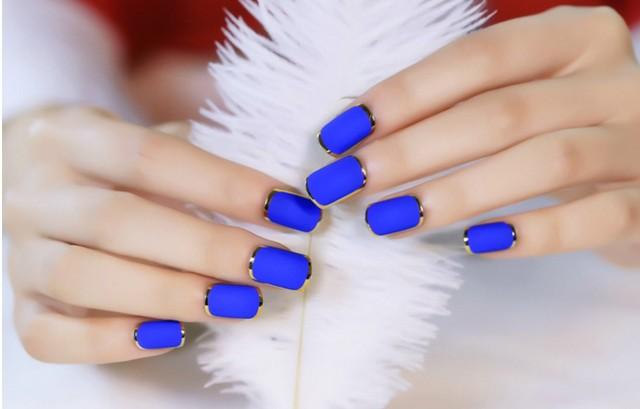 New Lady nails Blue Matte Fake Nails Metallic Gold French False Nail ...