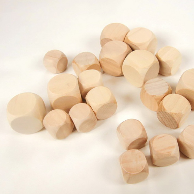 20PCS/Lot Dice Set High Quality 6 Sided Blank DIY Wooden Dice For Club/Party/Family Games
