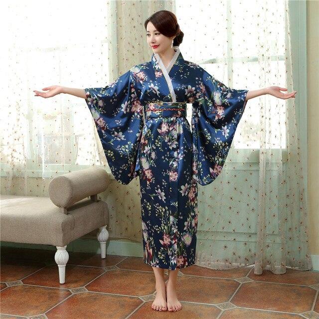 722af93978186 US $26.46 46% OFF Navy Blue Vintage Japanische frauen Satin Kimono Mit Obi  Yukata Abendkleid Mujeres Quimono Blume Eine Größe H0054 A in Navy Blue ...