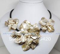 Gratis Verzending>>> 18 inches witte mop shell parel bloem hanger ketting Mode-sieraden