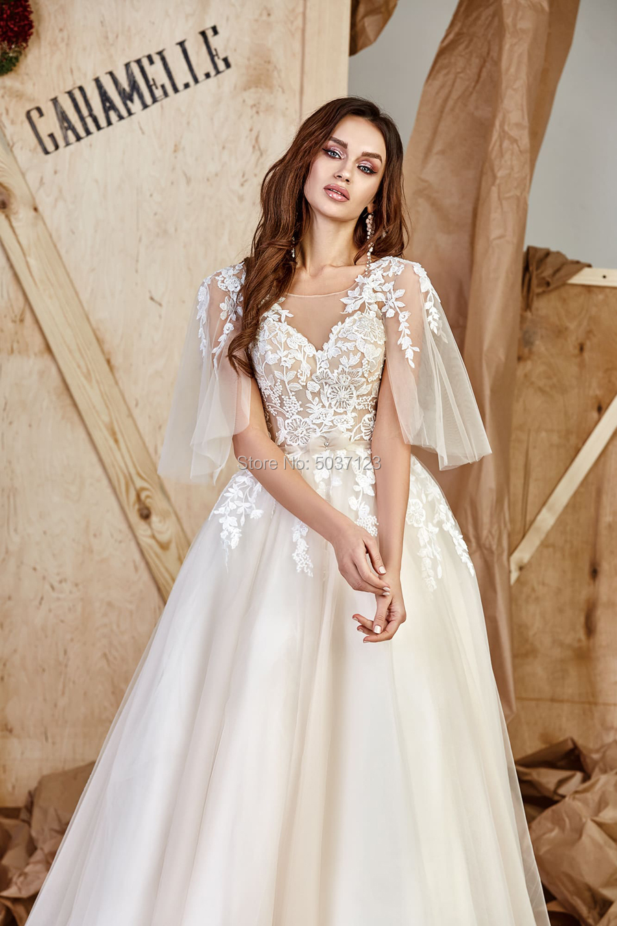 Image 3 - Half Sleeves Wedding Dresses Lace Appliques Scoop Open Back Floor Length Court Train Tulle Vestido De Noiva Bridal Wedding Gown-in Wedding Dresses from Weddings & Events