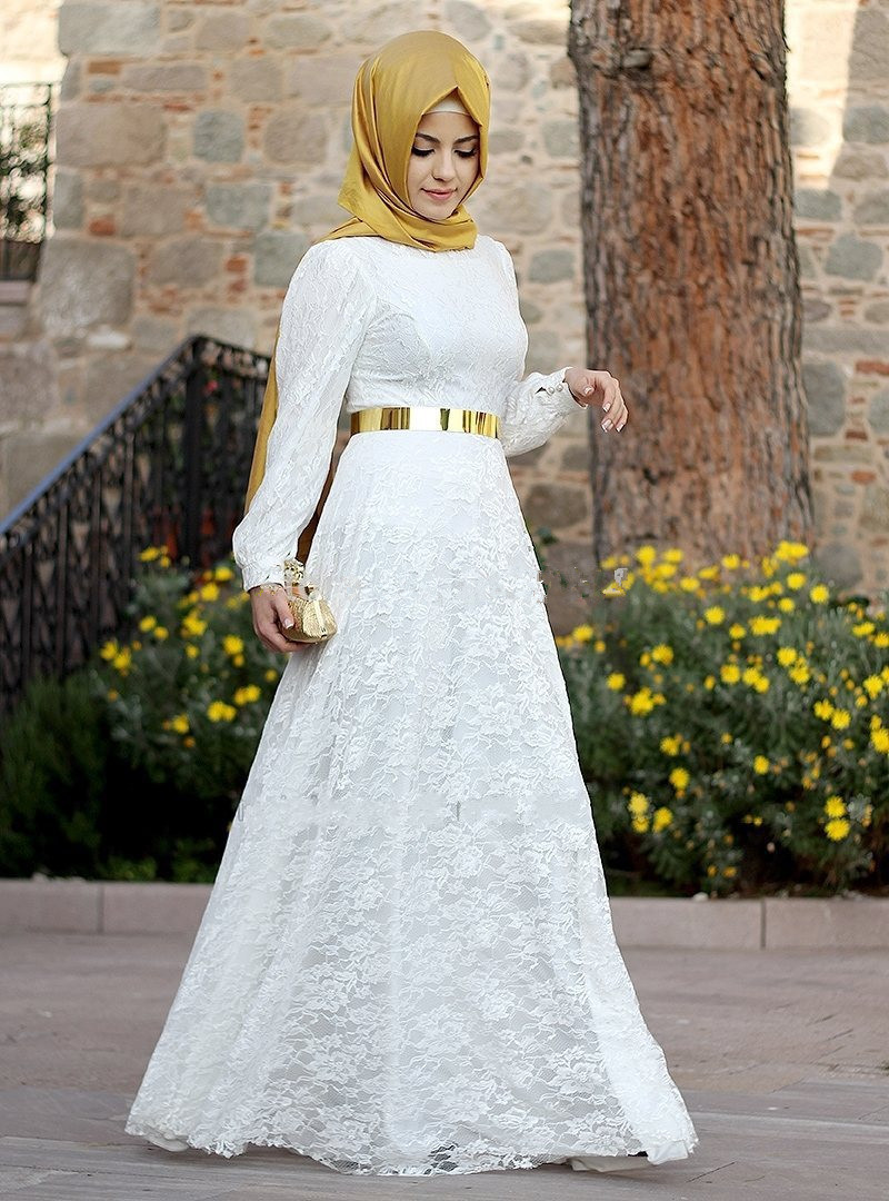 Plus size Lace Muslim Evening Dresses 2017 A-line Long Sleeves Woman Abayas Caftan White &Gold Prom Dresses Hijab Turkish Dress