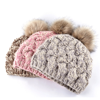 2018 Fashion casual fitted cap female skullies wool winter flower crochet hats gorro wool hat ball caps for woman 2