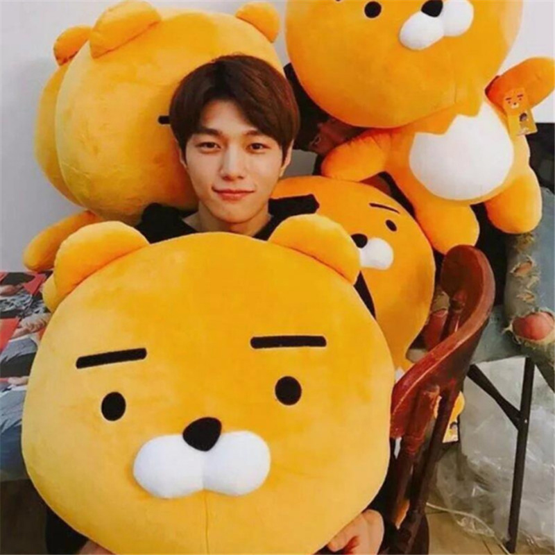 Fancytrader Pop Anime Lion Plush Toys Giant Soft Stuffed Cartoon Animals Lion Pillow Doll 90cm 35inch