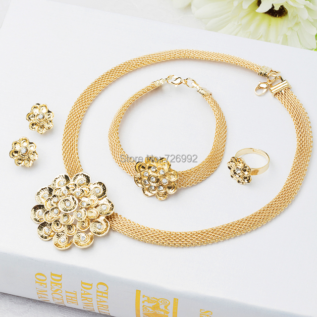 0be497e7b26 Mode perles africains parures robe de mariée accessoires femmes parti plaqué  or Nigeria collier bracelet bague