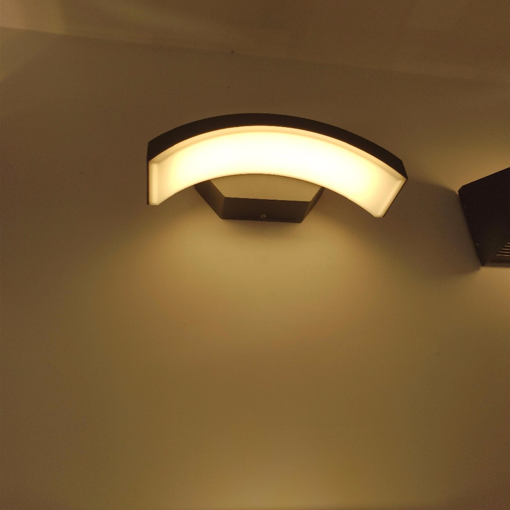24W Outdoor Lighting Waterproof Modern LED Wall Lamps IP65 Aluminum Courtyard Garden Corridor Porch Lights AC85