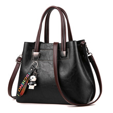 купить Women Shoulder Bag Fashion Women Handbags Oil Wax Leather Large Capacity Tote Bag Casual Pu Leather Women Messenger Bag Purse по цене 2151.54 рублей