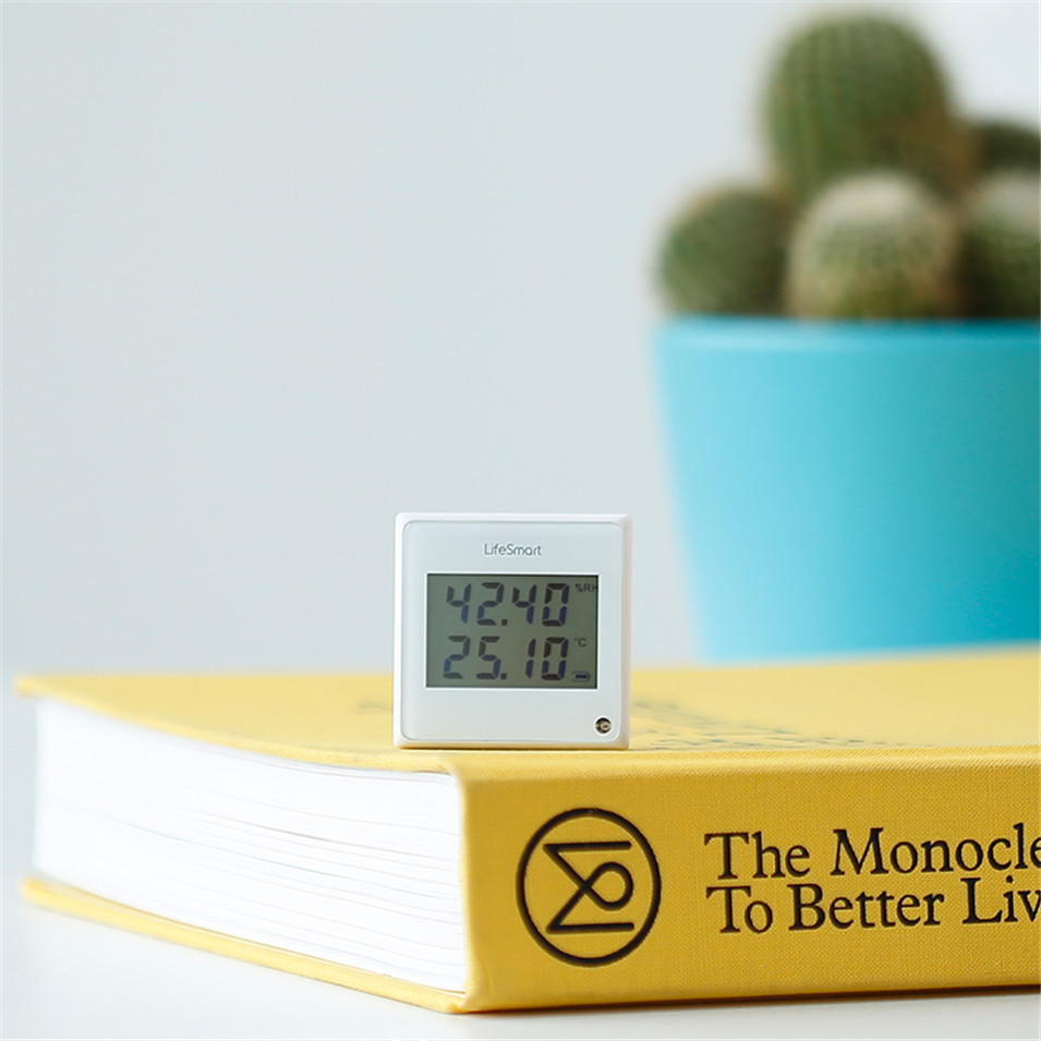 2 --- Lifesmart Multifunctional Environment Sensor 433MHZ Monitor Indoor Temperature, Humidity App Realtime View Remote Control by APP