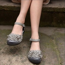Handmade flower women shoes genuine leather low heels sandals belt button women sandals