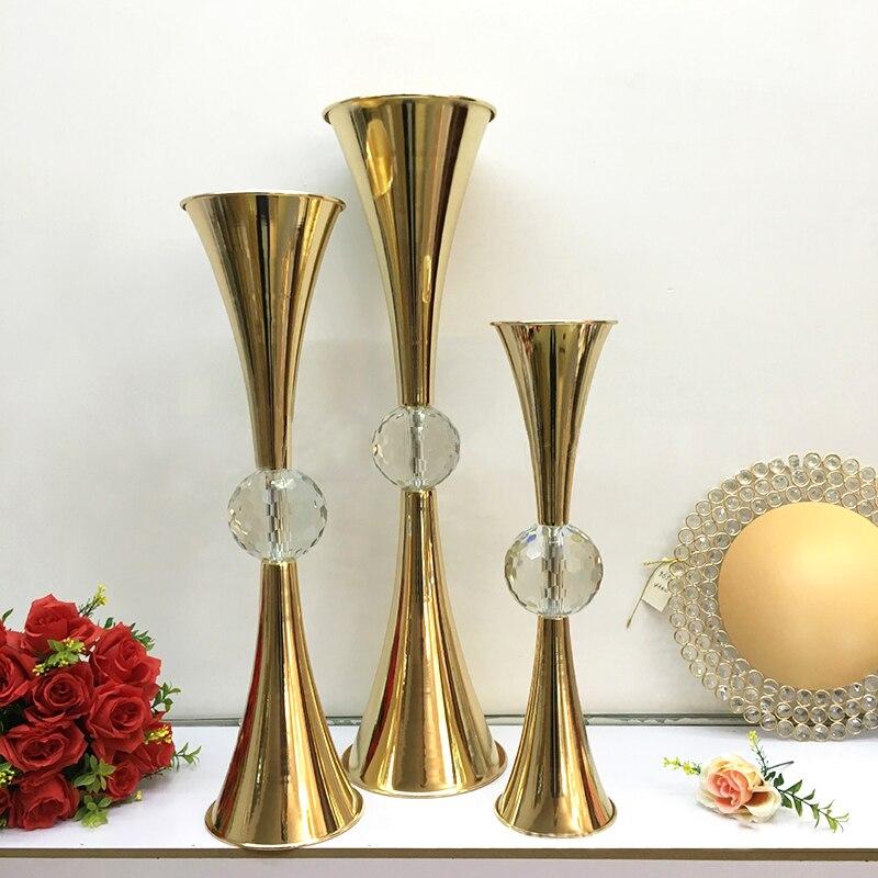 2019 pièces maîtresses de table accessoires Vase à fleurs avec grande boule de cristal porte-Vase à fleurs en métal artisanat décor pour hôtel maison