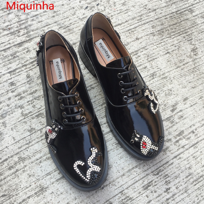 Black Patent Leather Round Toe Lace Up Women Shoes Cat Animal Crystal Embellished Women Girl Casual Shoes Med Heel Sweet Style