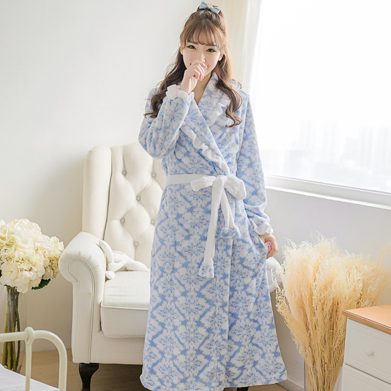 Ankle-Length Women Long Robe Polka Dot Plush Robe Adult Women Cotton Pajamas Winter Ruffles Sleepwear Bath Robe Dressing Gowns