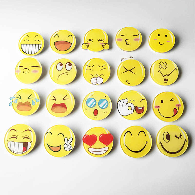 Sale 1PC QQ Emotion Badge Unisex Round Funny Face Brooch For Women