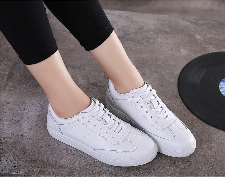 Free Shipping Spring and Autumn Men Canvas Shoes High Quality Fashion Casual Shoes Low Top Brand Single Shoes Thick Sole 7583 -