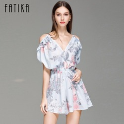Fatika Women Flower Print Pleated Playsuits Summer 2017 Jumpsuit Sexy Off Shoulder Playsuit Ruffled V Neck Playsuit Woman