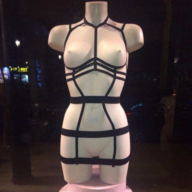 2017 nuevo pastel goth liguero elástico gótica busto correa bra set Rave wear sexy mujeres top traje de lencería negro al por menor