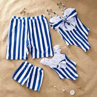 Strand familie bademode gestreiften passenden badeanzug mutter tochter bikini papa sohn badehose familie passenden kleidung outfits aussehen