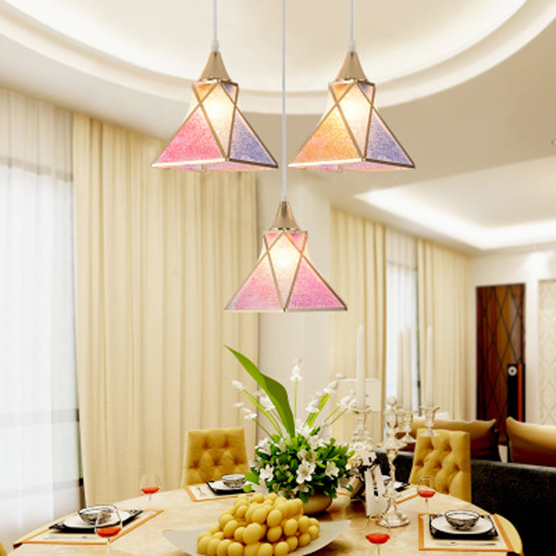 купить Led chandelier modern minimalist dining room lamp chandelier three dining room personality table creative Nordic lamps онлайн