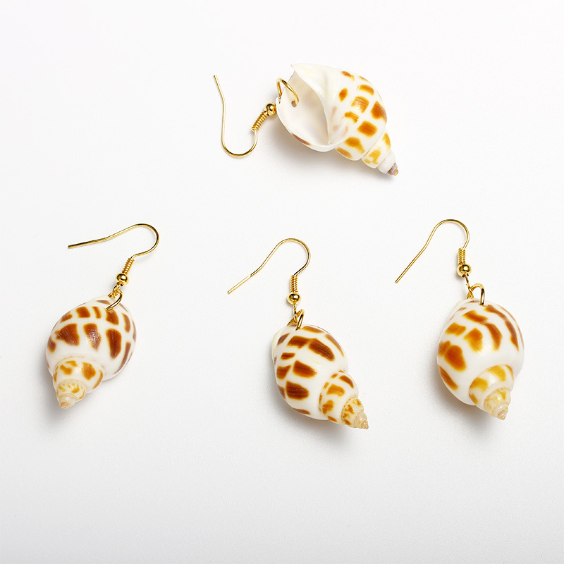 Hello Miss Exquisite fashion earrings natural conch shape shell exquisite ladies