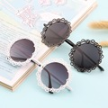 New Arrival Women Fashionable Grid Hollowed-out Sunglasses Retro Metal Sun Glasses Hot Hot