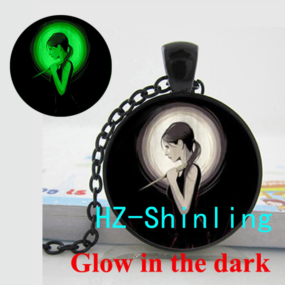 GL-00511 New Fashion Glowing Jewelry Buffy The Vampire Slayer Inspired Necklace Glass Dome Pendant Glow in The Dark Necklace