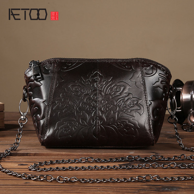 AETOO  shoulder diagonal cross female handbags Europe and the United States fashion leisure Messenger bag mini bag embossed bag