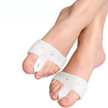 1 Pair Silicone PU Forefoot Pad Protector Ottoman Hallux Valgus Correction Toe Care Foot Thumb Toe Separator Insole Foot File BO