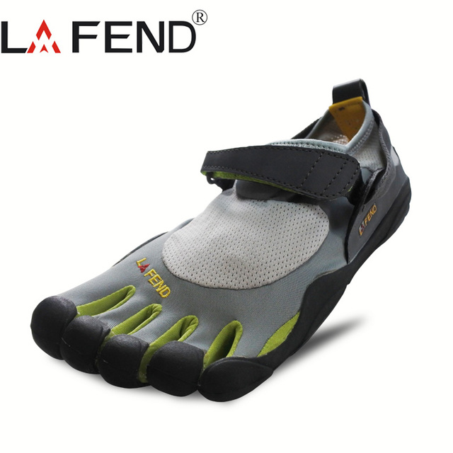 2019 LAFEND China Brand Design Rubber with Five Fingers Outdoor Slip Resistant Breathable Lightweight Mountaineer Shoes for Men
