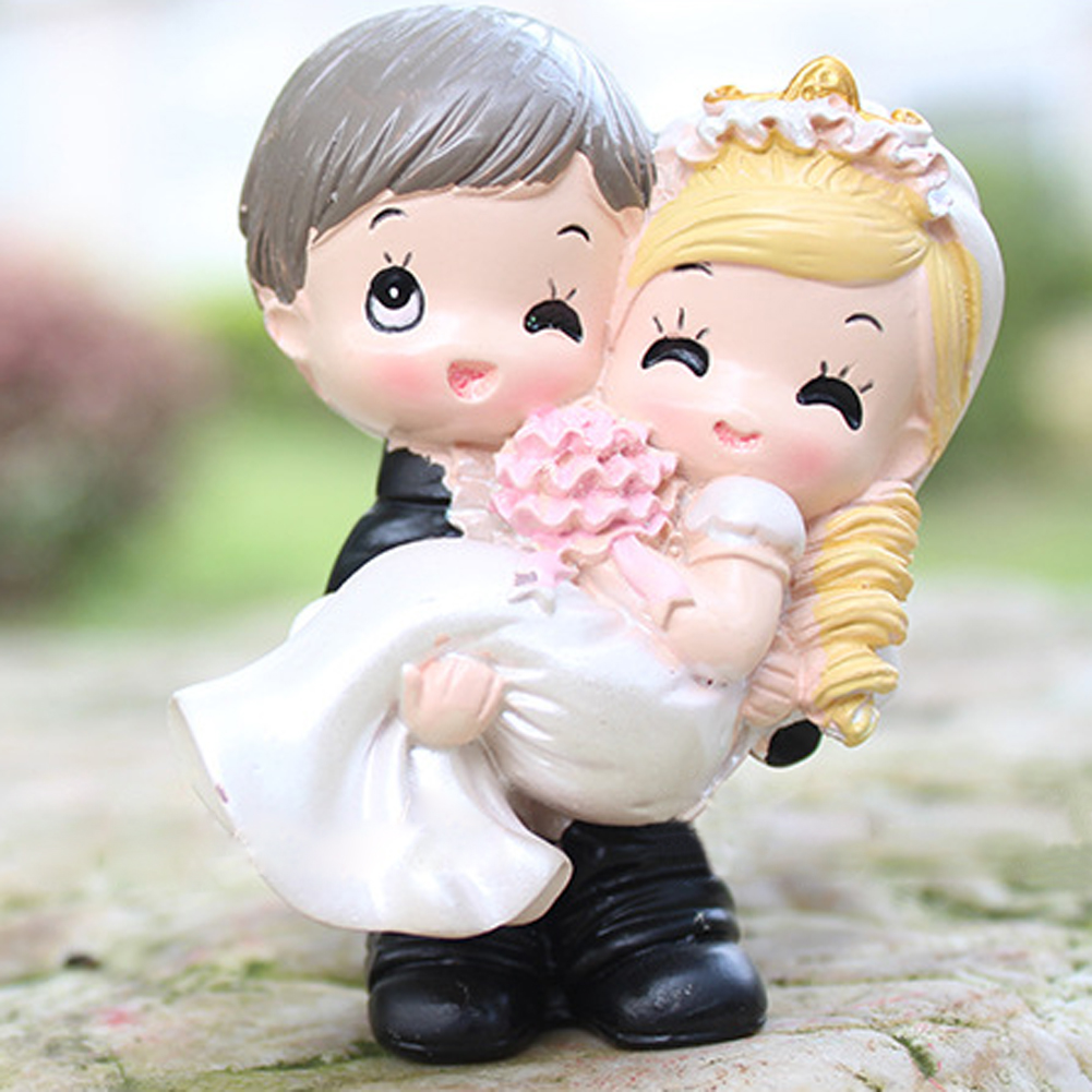 Wedding cake ornaments - Chinese Bride And Groom Loving Couple Resin Craft Toy Doll Decor Wedding Cake Topper Gift Home