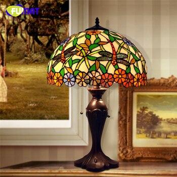 FUMAT Tiffany Pastroal Libélula y flores de mesa de sombra lámpara decoración para el hogar de vidrio mesa de luces para la sala de LED lámpara de mesa