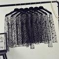 Весна лето женские кружевные блузки рубашки женские топы сексуальные сетчатые блузки Прозрачные с длинным рукавом черная точка звезда полосатая рубашка блузка - фото