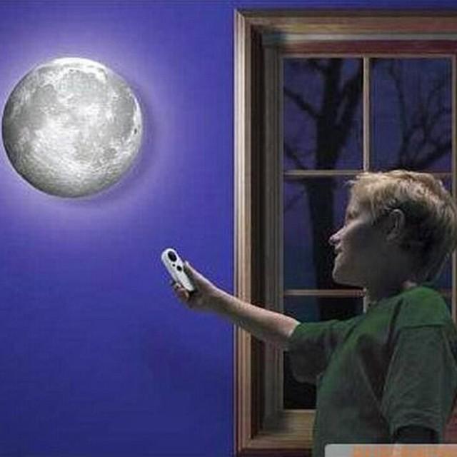 Incrível Controle Remoto LEVOU Teto Parede Lâmpada Noite Crianças Presentes Românticos de Parede Lua Cura Lâmpada Pendurada