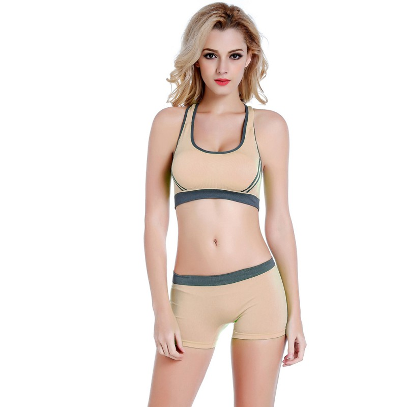 b597cd788f6 2 pcs Summer Style Women No Rims Padded Sports Bra Set Sexy Fitness Stretch  Top + Shorts Comfortable Swimming Sports Suits 2017-in Sports Bras from  Sports ...